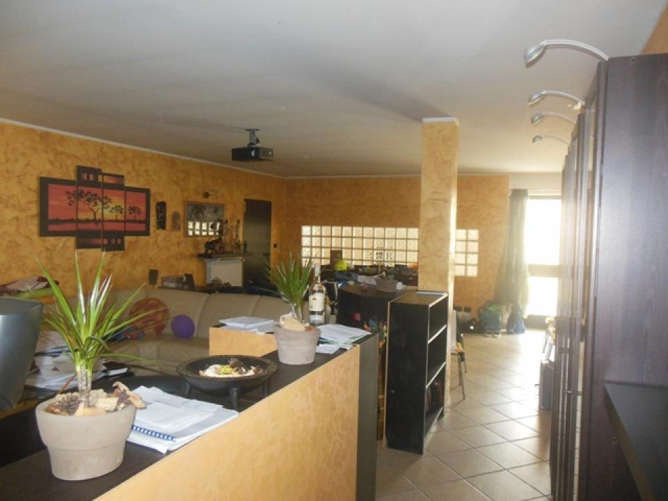 Rif.326 Appartamento plurilocale – Pianezza